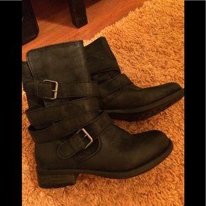 Rampage Women's Black Boots